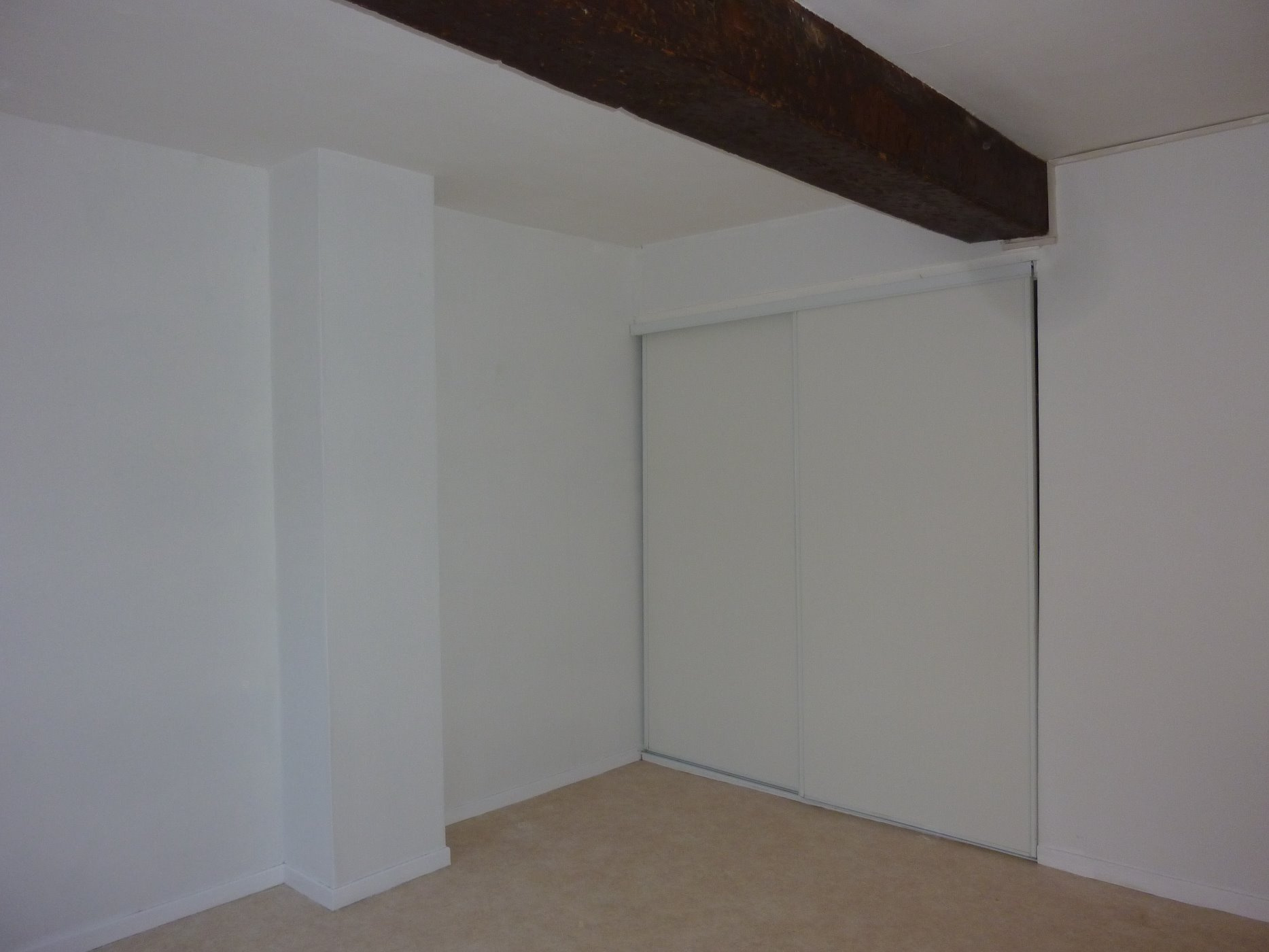 Chambre 2 (vue 2)